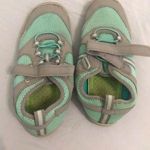 Girls water sneakers